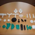 FABRICATION DE PETITES PIECES PLASTIQUES EN 3D.